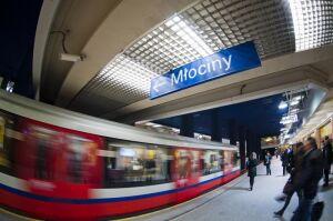 Metro pojedzie częściej w porannym szczycie