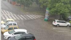 Podtopione samochody w Poznaniu